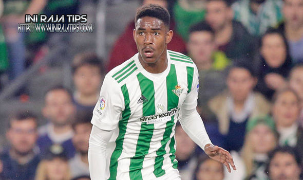 Real Madrid Ingin Datangkan Junior Firpo