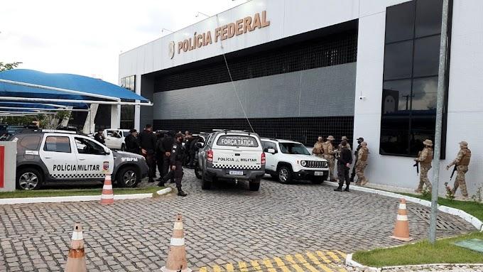 PF cumpre mandados no RN e na Bahia em operação de combate a roubos de agências dos Correios, bancos e carros-fortes