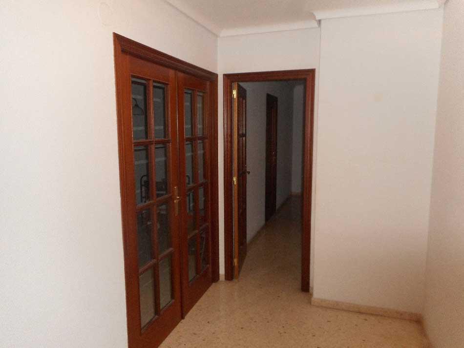 piso en venta calle de monturiol grao castellon pasillo