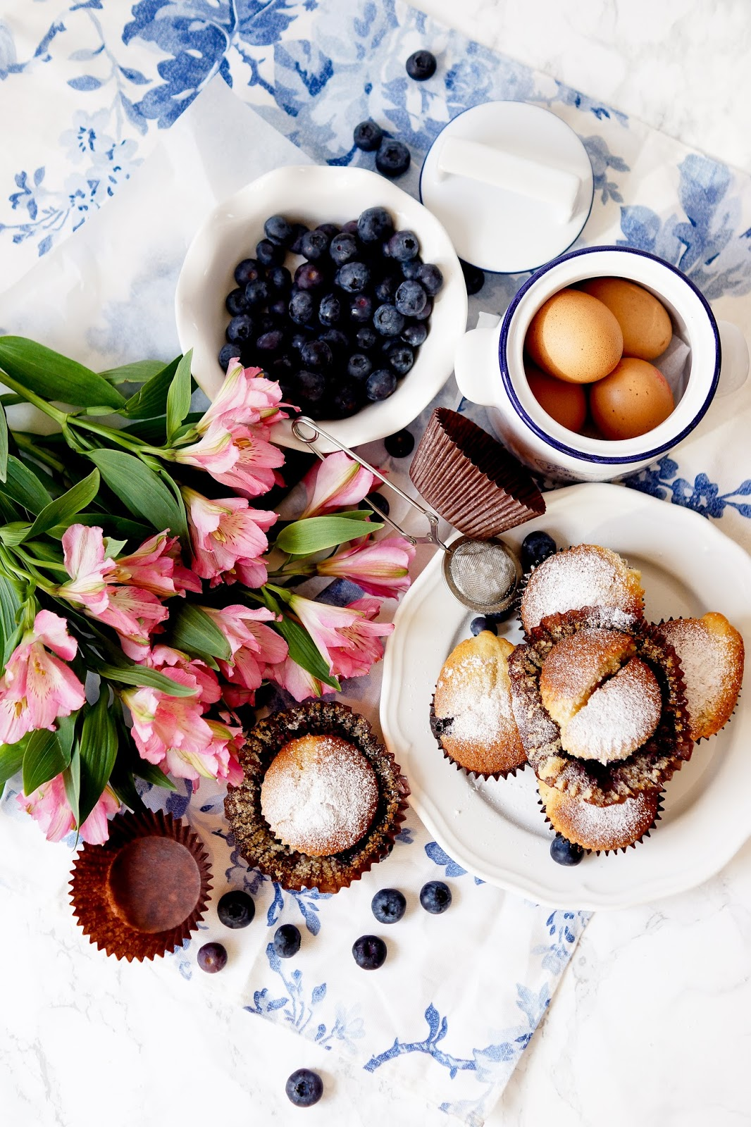 blueberry-cakes-recipe-flatlay-lifestyle