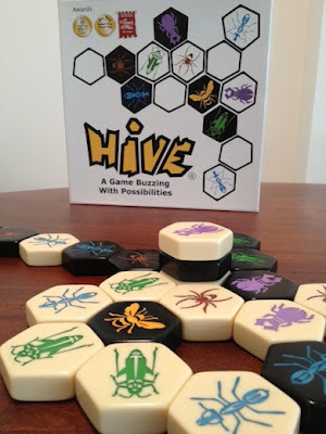 Hive game in play