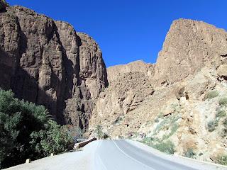 Todgha; Todra; Toudra; Garganta; Gargantas; Barranco; Cañón; Canyon; Gorge; Río; River; Rivière; Marruecos; Morocco; Maroc; المغرب