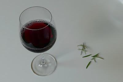 Trauben-Rosmarin-Aperitif