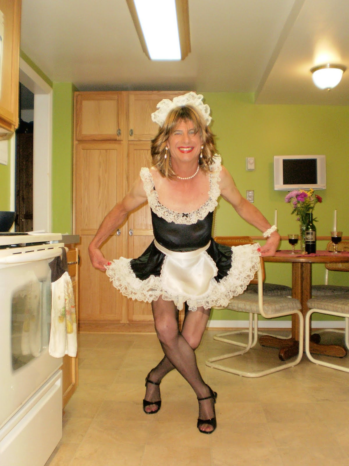 Sissy maid video