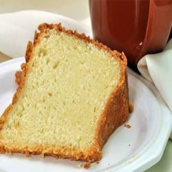 طريقة عمل الكيكة العادية الهشة مافيش أحلى منها