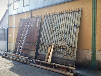 Il cancello dell'Alfa Romeo al Portello di Milano