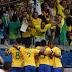 Brasil ganha da Argentina e segue na liderança das Eliminatórias