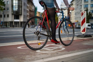 Hamburger Allee: Rad- und Gehwege werden saniert