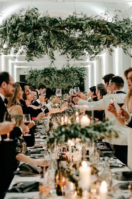設定可以有溫馨唯美氛圍的輕鬆婚禮