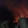Incendio reduce a cenizas tres casas en Castañuelas