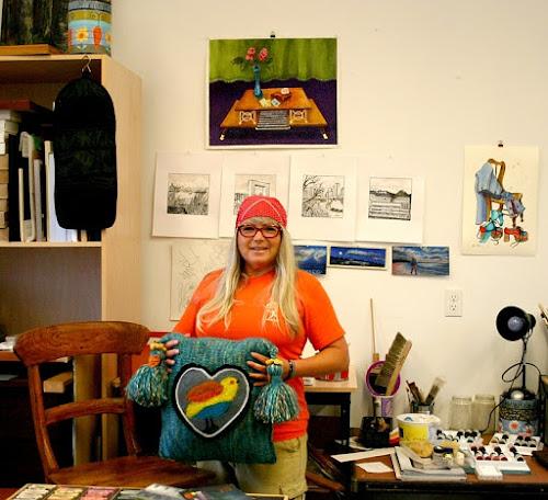 Minaz in her art studio.