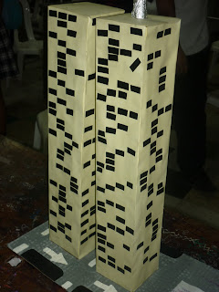 maqueta torres gemelas elaborada en cartulina
