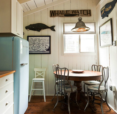 nautical cottage kitchen