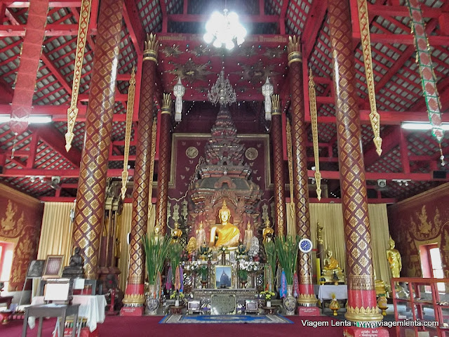 Wat Chiang Mun - um dos 300 templos da cidade de Chiang Mai