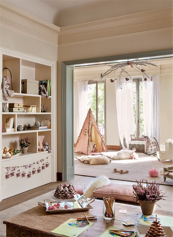 dormitorio infantil con zona de estar chicanddeco