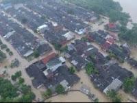 Akibat Banjir, Ribuan Warga Karawang Mengungsi
