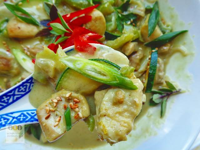 zielone curry z kurczakiem pyszne