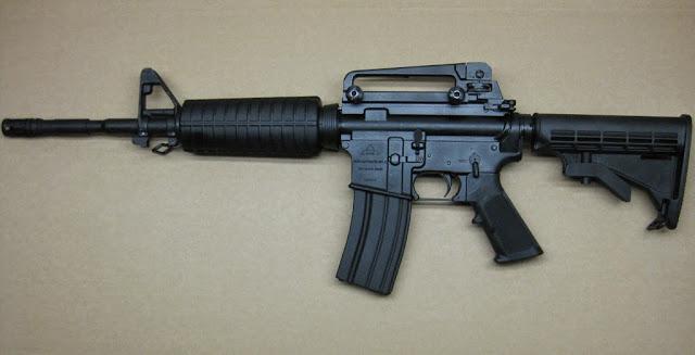 . Jueza pone en libertad mediante fianza a cuatros implicados en el robo de un fusil en la Quinta brigada del Ejercito en Barahona.