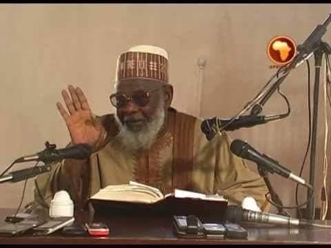 """Ya Zama Wajibi Shugaba Muhammadu Buhari Ya Wadata 'Yan Nijeriya Da Abinci, Domin Ba A Hakurin Zama Da Yunwa"""" - Inji Dr Ahmad Ibrahim Buk"""