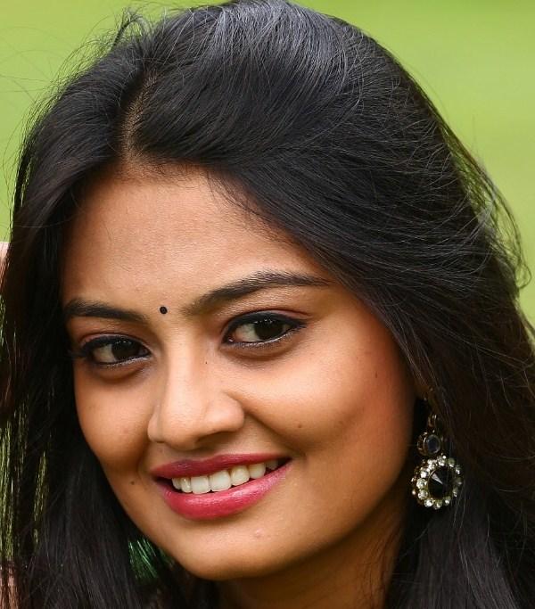 Beautiful Tamil Actress Nikitha Narayan Oily Face Close Up Stills