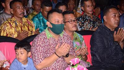 Wakil Bupati Lingga Hadir Malam Syukuran Desa Persiapan Senempek