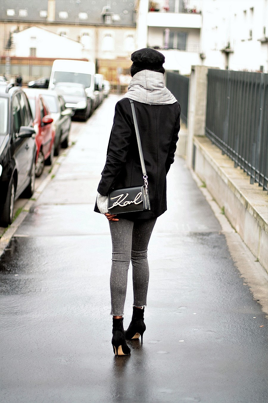 baker-boy-hat-karl-lagerfeld-bag-zara-coat-black-boots