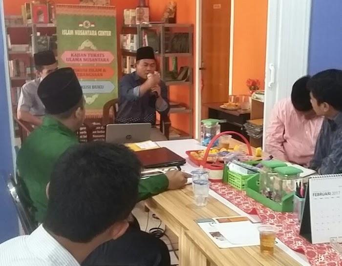 Peradaban Islam Nusantara, Antitesis dari Pemikiran Barat dan Wahabi