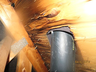 inspection en b timent inspecteur de maison inspection de l 39 entre toit. Black Bedroom Furniture Sets. Home Design Ideas