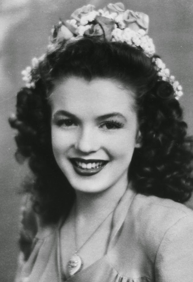 Marilyn Monroe As A Teen 23