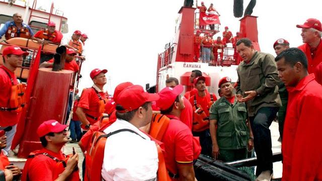 """""""No ganan ni lo suficiente para comerse un huevo al día"""": el polémico legado en Venezuela de las expropiaciones petroleras ordenadas por Hugo Chávez"""