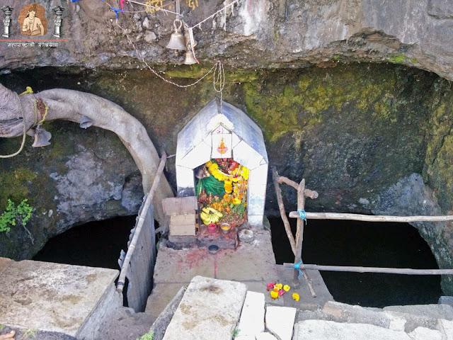 प्राचीनतेची साक्ष देणाऱ्या खंबाटकी घाटाची 'खांब टाक्यावरील खामजाई देवी'