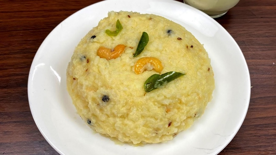 நாளைக்கு இப்படி ஹோட்டல் சுவையில் சுலபமா Breakfast செஞ்சு அசத்துங்க!