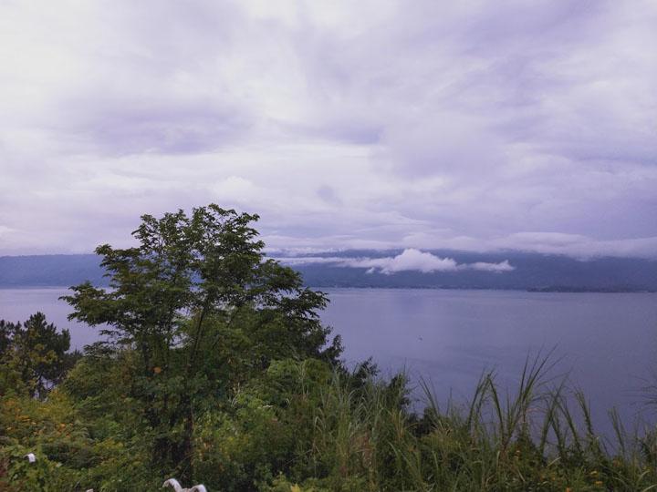 Percutian di Danau Toba, Parapat