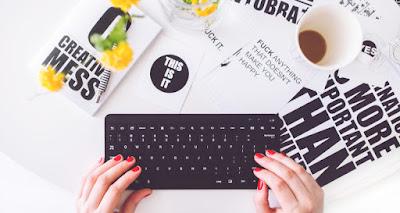 peluang bisnis jasa online terbaru yang menguntungkan