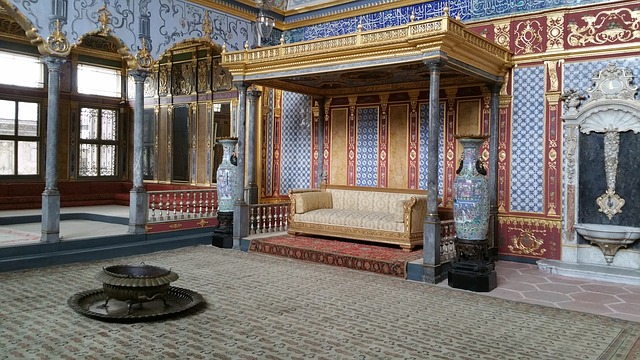 Topkapi Palace, topkapi palace hotel, topkapi museum, topkapi palace hours, world of wonders topkapi palace, kremlin palace, topkapi palace harem,
