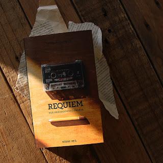 #77 Requiem dla analogowego świata - Rafał Cichowski - recenzja
