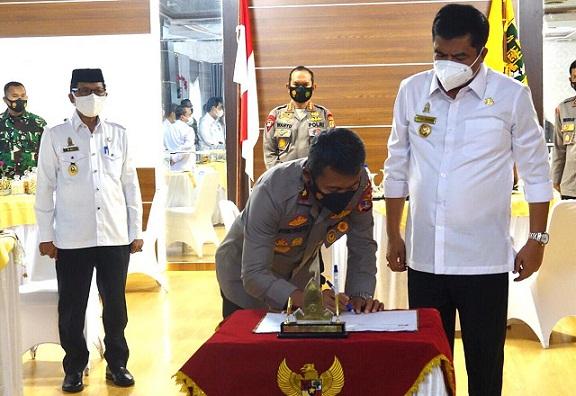 Waka Polda Lampung Tandatangani Hibah Lahan Untuk Mako Brimob