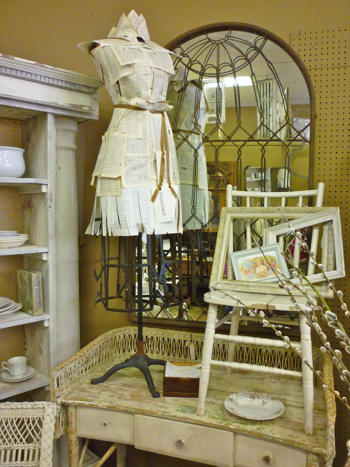 bits baubles bliss some shabby chic antique inspiration. Black Bedroom Furniture Sets. Home Design Ideas