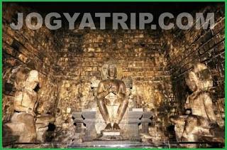 yogyakarta travel guide, Bodhisattva.candi mendut jogyakarta