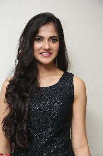 Simran Chowdary Model in Beautiful Black Dress at FBB Miss India 2017 finalists at Telangana auditions (39).JPG