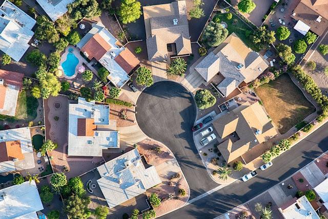 Debería invertir en fondos activos inmobiliarios