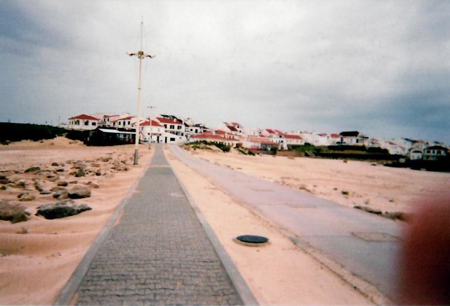surfing break in baleal portugal