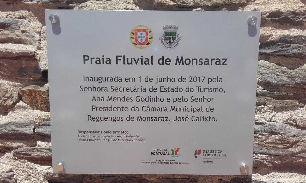 Placa Inauguração Praia Fluvial de Monsaraz