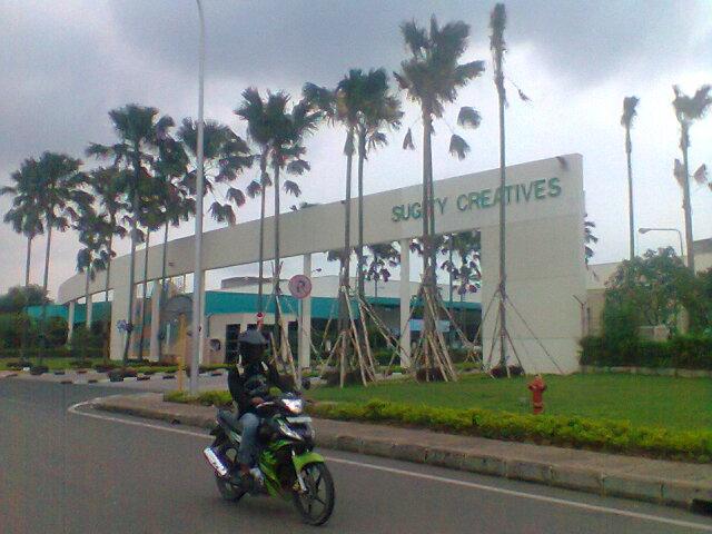 Lowongan Pt Sugity 2013 Daftar Alamat Email Recruitment Perusahaan Pt Sugity Creatives Indonesia Lupy Hakim Network