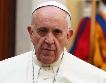 Pope Francis says 'men who frequent prostitutes are criminals'