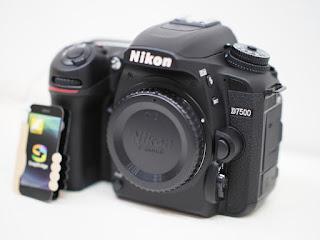 ニコン D7500 デジタルカメラをお買い取り致しました