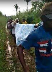Sem estradas, pacientes são transportados em redes na zona rural de São Luís Gonzaga