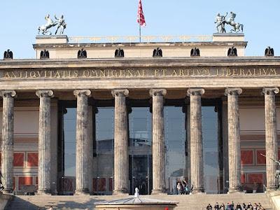 L'Altes-Museum-à-Berlin.JPEG