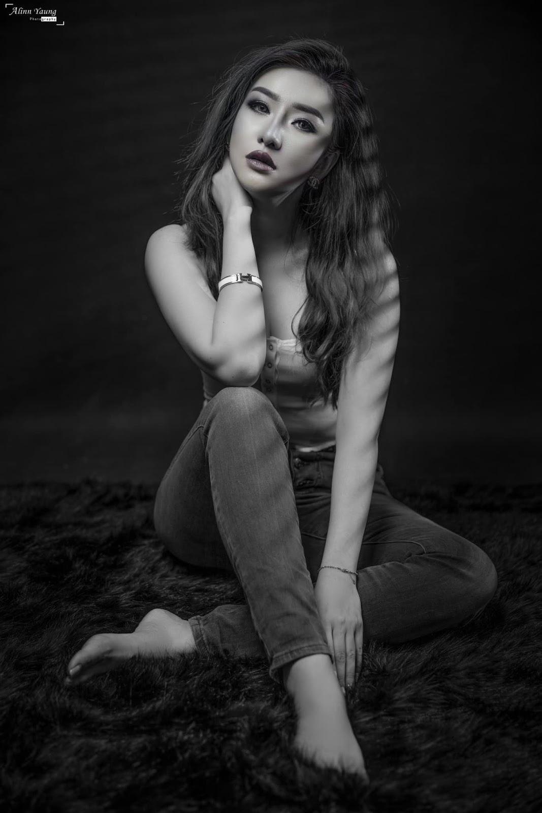 Nansu Yati Soe - Black and White Studio Photoshoot