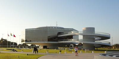 Imagem da Estação Cabo Branco. João Pessoa, a cidade onde o sol nasce primeiro